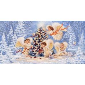 Пример оформления в рамке Рождественская елка Канва с рисунком для вышивки бисером Конек 9477