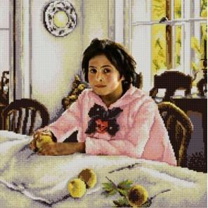 Пример оформления в рамке Девочка с персиками Канва с рисунком для вышивки бисером Конек 9824