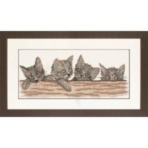 Cats Over The Fence Набор для вышивания LanArte PN-0008315