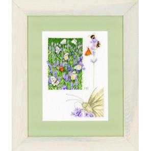 Lavender field with butterfly Набор для вышивания LanArte PN-0147505