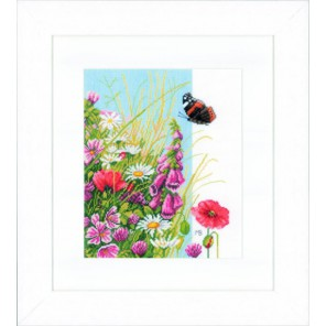 Wild flowers Набор для вышивания LanArte PN-0144569