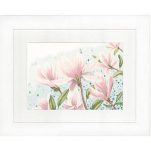 Magnolias Набор для вышивания LanArte PN-0149997