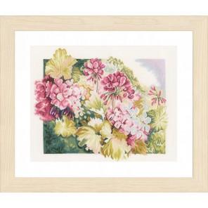 Geraniums Набор для вышивания LanArte PN-0164073