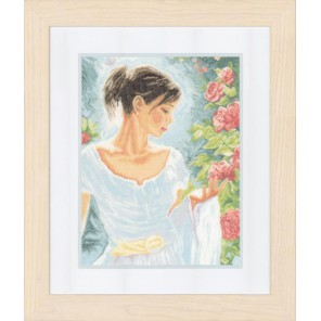 Red flowers Набор для вышивания LanArte PN-0154475