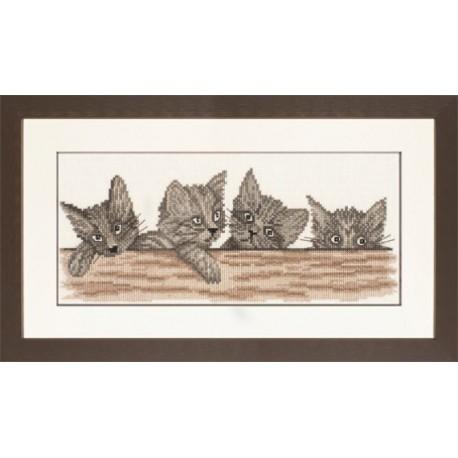 Cats Over The Fence Набор для вышивания LanArte PN-0008183