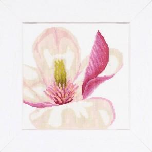 Magnolia Flower Набор для вышивания LanArte PN-0008163