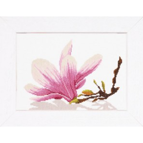 Magnolia Twig With Flower Набор для вышивания LanArte PN-0008162