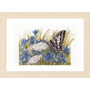 Swallowtail Набор для вышивания LanArte PN-0156941