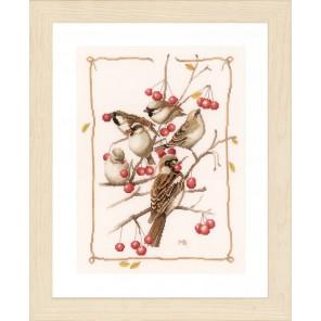 Sparrows and currant Набор для вышивания LanArte PN-0162298