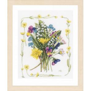 Bouquet of field flowers Набор для вышивания LanArte PN-0167125