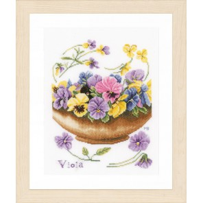Violets Набор для вышивания LanArte PN-0168600