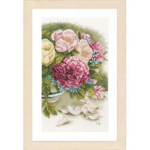 Peony roses Набор для вышивания LanArte PN-0167126