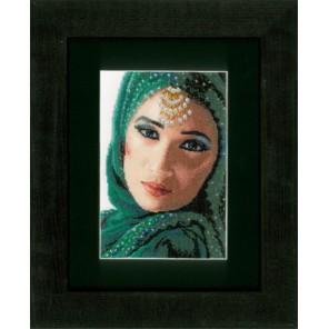 Eastern Beauty Набор для вышивания LanArte PN-0149535