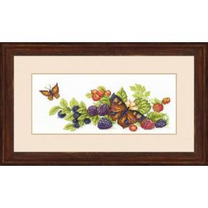 Урожай ягод Набор для вышивания Чаривна Мить ВТ-122