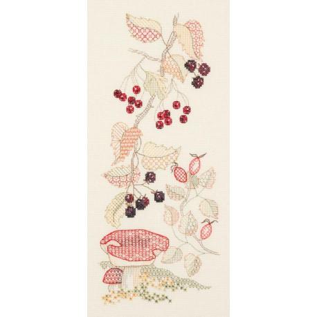 Seasons Panel - Autumn Набор для вышивания Derwentwater Designs SP03