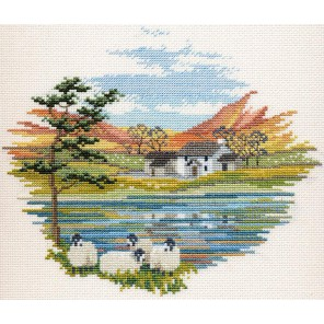 Lakeside Farm Набор для вышивания Derwentwater Designs CON08