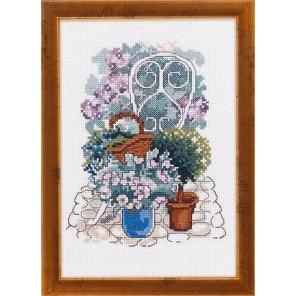 Цветы в кашпо Набор для вышивания Permin 12-4378
