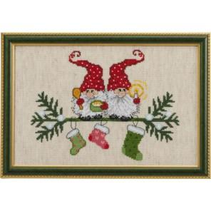 Эльфы и рождественские носки Набор для вышивания Permin 92-7211