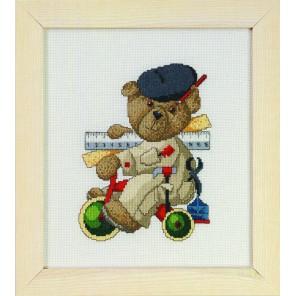 Мишка инженер Набор для вышивания Permin 12-0403