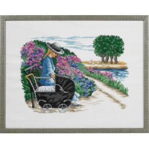 Девушка с коляской Набор для вышивания Eva Rosenstand 14-365