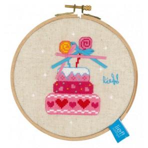 Торт на день рождения II Набор для вышивания с пяльцами Vervaco