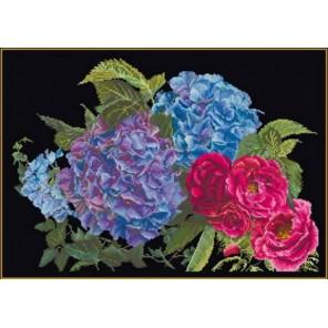 Гортензия и роза Набор для вышивания Thea Gouverneur 442.05