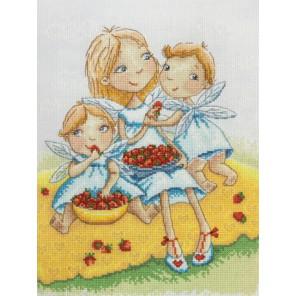 Ангелочки по рисунку Э. Эллис Набор для вышивания Марья Искусница