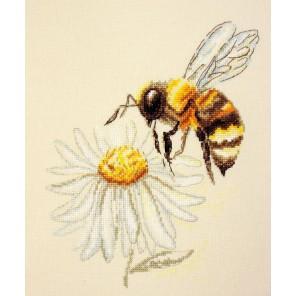 Пчела Набор для вышивания Марья Искусница 03.015.09