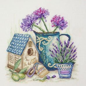 Цветы Прованса Набор для вышивания Марья Искусница 11.004.08