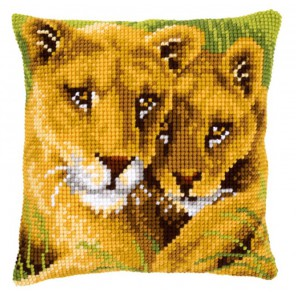 Лев с львенком Набор для вышивания подушки VERVACO