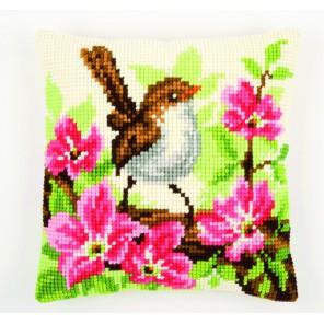 Птичка в розовых цветах Набор для вышивания подушки VERVACO