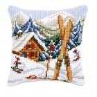Зимние забавы Набор для вышивания подушки VERVACO