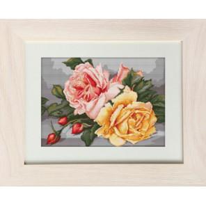 Розы Набор для вышивания LUCA-S