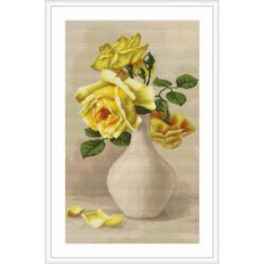 Желтые розы в белой вазе Набор для вышивания LUCA-S