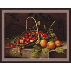 Корзина с клубникой и персиками Набор для вышивания LUCA-S