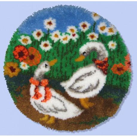 Гуси Набор для вышивания коврика MCG TEXTILES