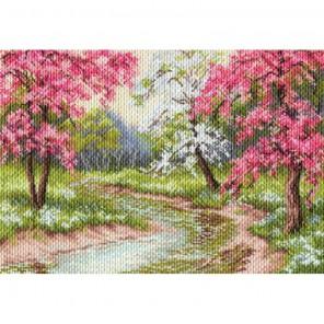 Пример вышитой работы Цветущий сад Набор для вышивания бисером МАТРЕНИН ПОСАД