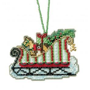 Сани с игрушками Набор для вышивания бисером MILL HILL