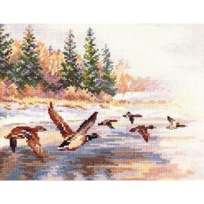 Утки летят Набор для вышивания Алиса 3-27