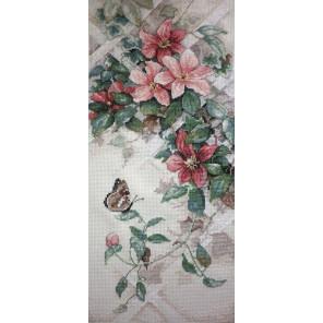 Бабочки и клематисы 13686 Набор для вышивания Dimensions ( Дименшенс )