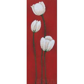 Тюльпаны. Фантазия Набор для вышивки бисером Магия канвы БФ-001