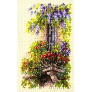 Балкон возлюбленной Набор для вышивания Чудесная игла 74-05