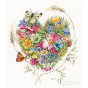 A heart of flowers Набор для вышивания LanArte PN-0169960