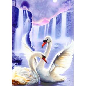 В рамке Лебединая пара Алмазная вышивка мозаика АЖ-0197